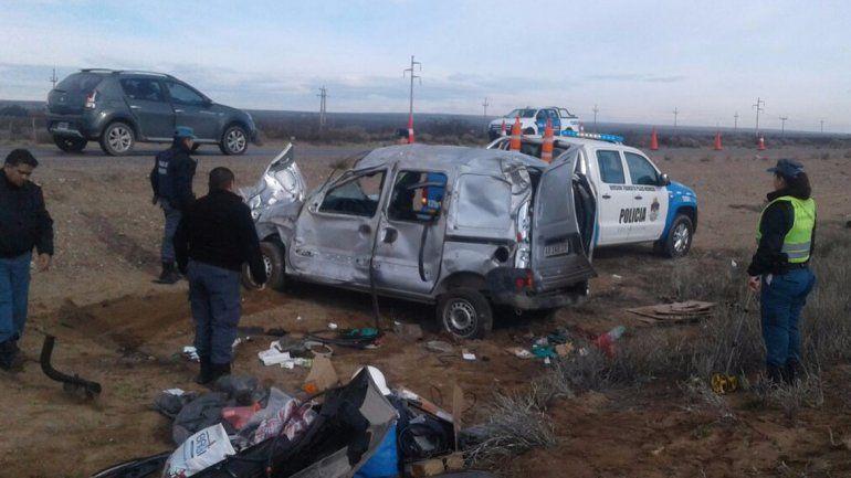 Tres heridos en un tremendo vuelco sobre la Ruta 22