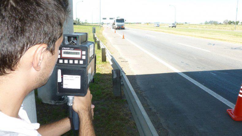 La instalación de radares genera diversas opiniones a favor y en contra.