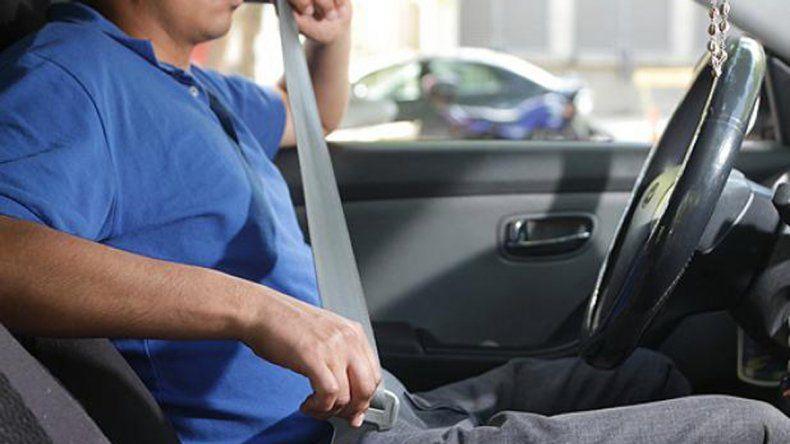 La policía neuquina comenzará a multar a quienes no utilicen el cinturón de seguridad en la capital.