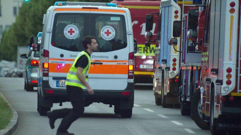 Escenas de pánico se vivieron en el centro comercial. El presunto terrorista se habría suicidado a pocos metros de donde ocurrió el atentado.