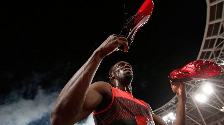 Usain Bolt ganó los 200 metros con un tiempo de 19s 89c.