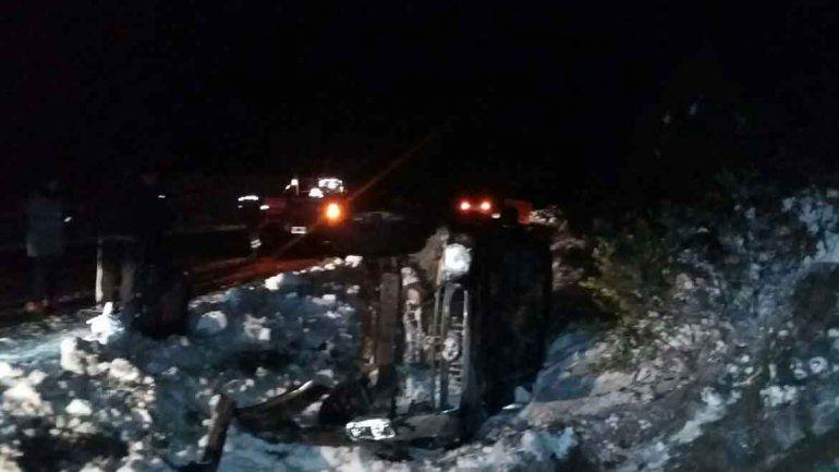 La nieve no perdona: cuatro personas hospitalizadas tras un vuelco sobre la Ruta 40
