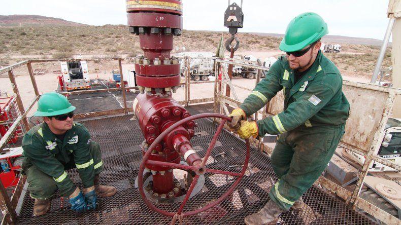 Las fuentes laborales en el petróleo atraviesan un momento delicado.