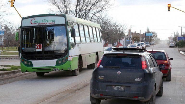 Costa Victoria es la firma encargada del transporte urbano en Centenario.
