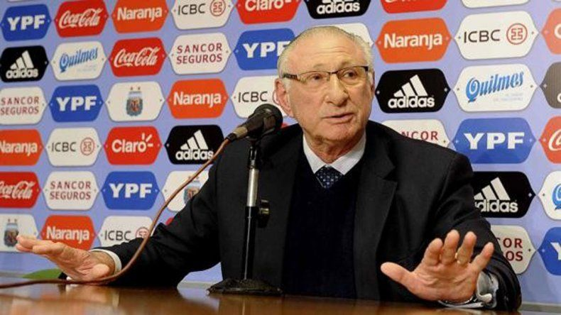 Chesquis Bialo dijo que Armando Pérez no lo quiere recibir.