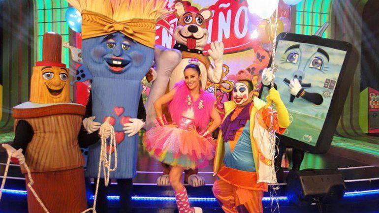 La bailarina Lourdes Sánchez debuta con el envío infantil.