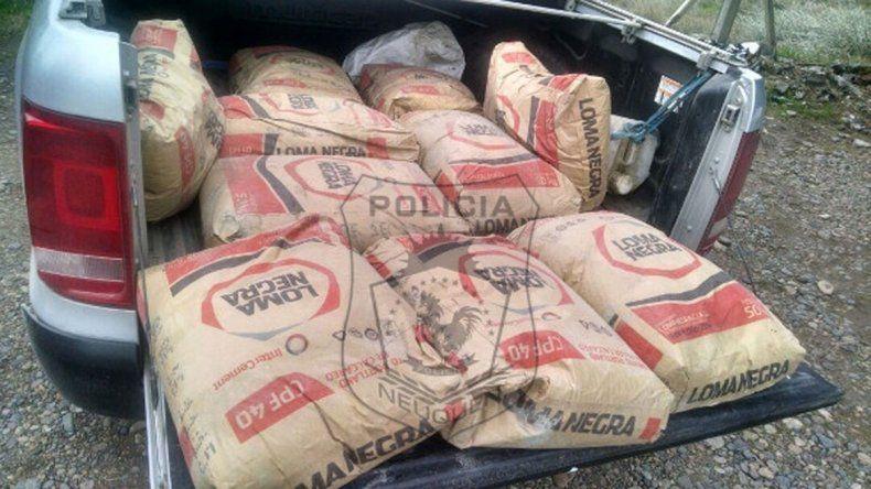 La mercadería robada fue hallada por la Policía en la caja de una Amarok. Los ladrones eran vecinos.