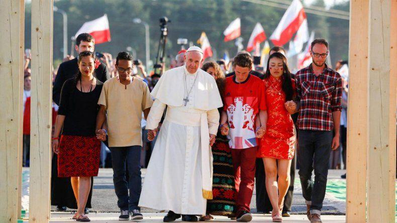 Con una multitudinaria misa, Francisco puso fin a la Jornada Mundial de la Juventud