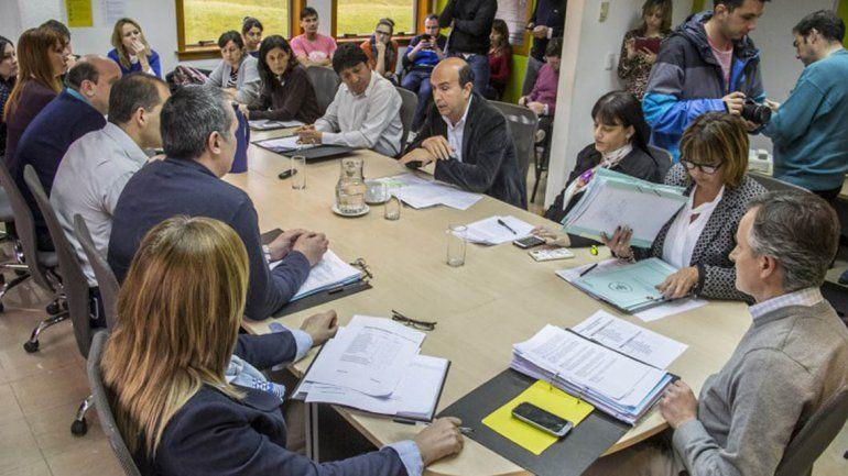 La Comisión de Legislación General recibió ayer al secretario de Gobierno.