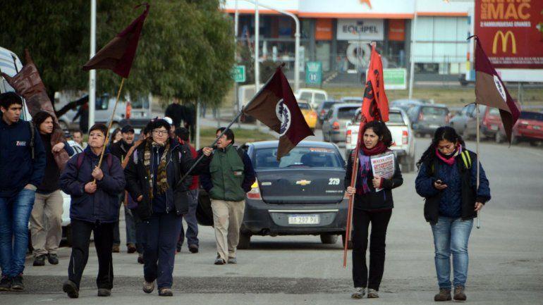 Tras seis horas de protestas, ATE levantó los cortes de ruta en toda la provincia