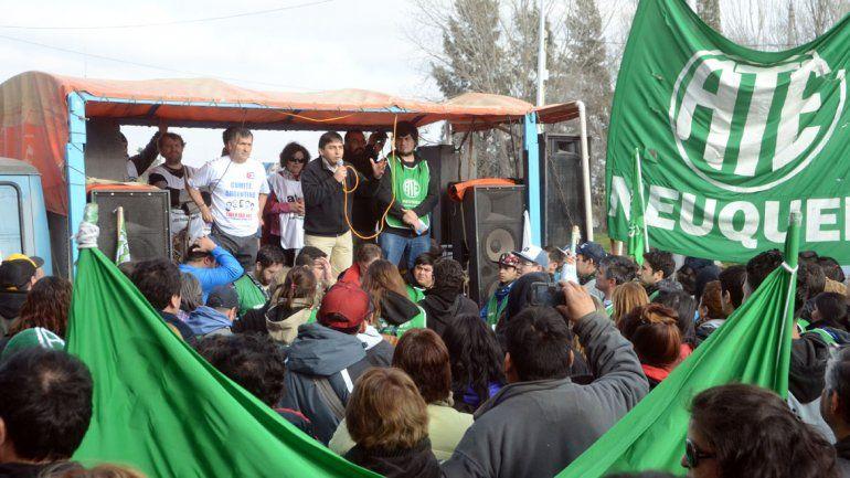 Sin acuerdo entre el Gobierno y ATE: mañana el gremio define cómo sigue la protesta