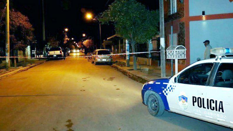 La Policía llegó rápidamente a la plaza Eva Perón y detuvo al acusado.