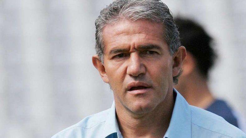 El Burru fue compañero de Bauza en Independiente y la Selección.