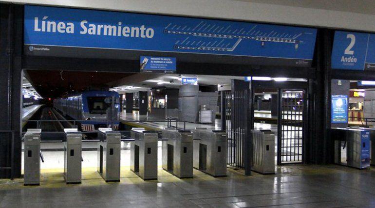 Abandonan un bebé en plena estación de trenes de Once