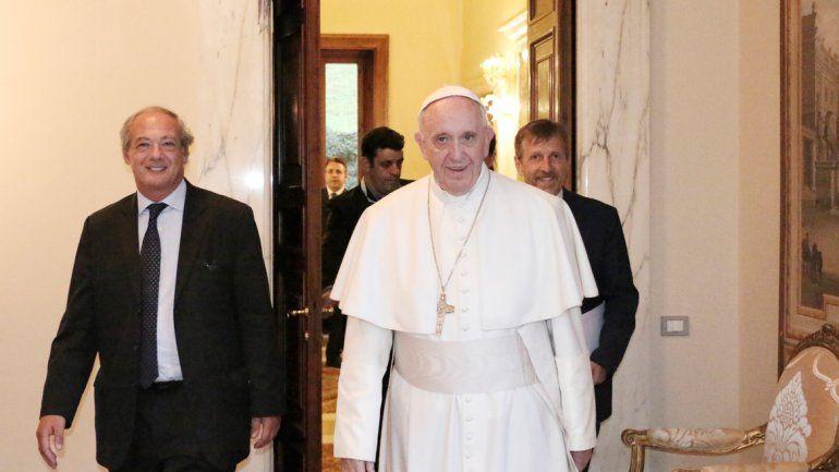 El Papa bancó a los directores