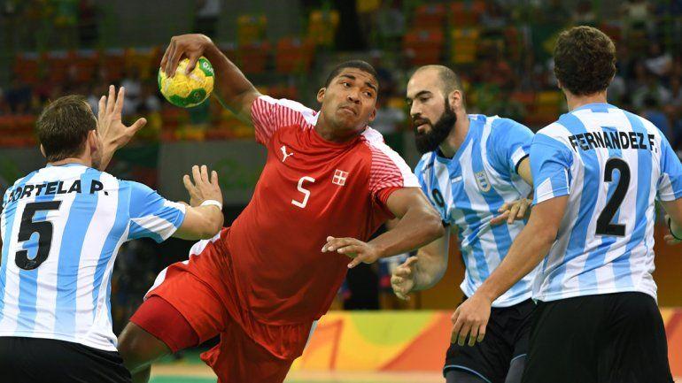 Los Gladiadores perdieron contra Dinamarca en su debut