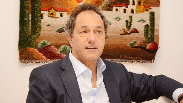 El ex gobernador bonaerense llamó a un programa de TV para defenderse.