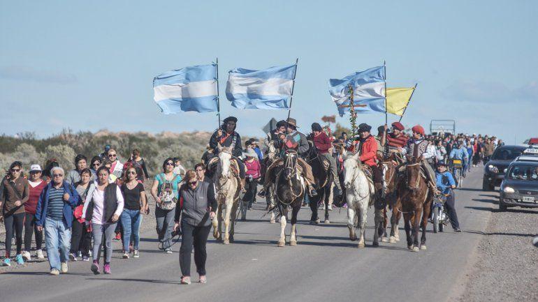 A caballo. Los gauchos también se hicieron presentes entre la multitud.