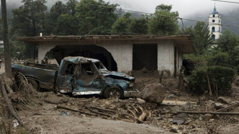 Al menos 40 muertos por deslaves tras el paso de la tormenta Earl