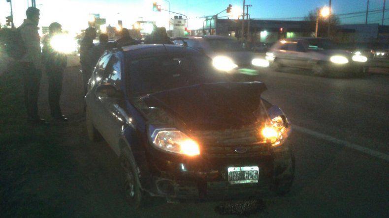 Tres autos chocaron en cadena sobre la Ruta 22