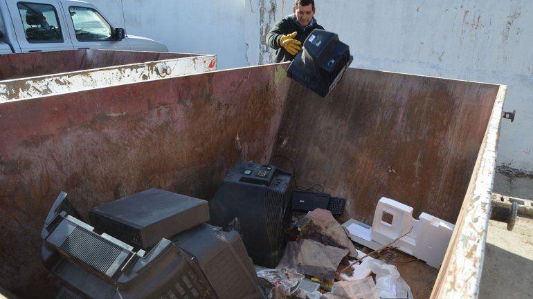 Todos los artefactos que no sirven pueden ser depositados en el centro de transferencia.