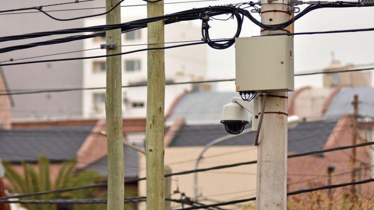 Las cámaras hoy son monitoreadas por la provincia. Se necesita un acuerdo para que el Municipio pueda incorporar 36 más a las que ya existen.
