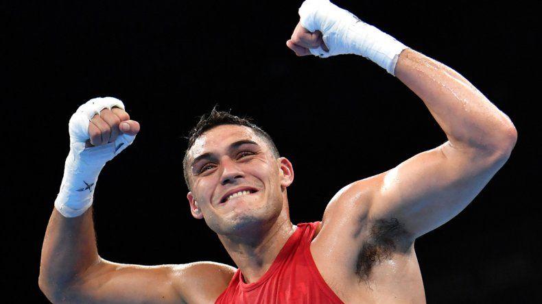 Los jueces lo dieron ganador en fallo dividido por 2-1. Peralta venció al alemán David Graf.
