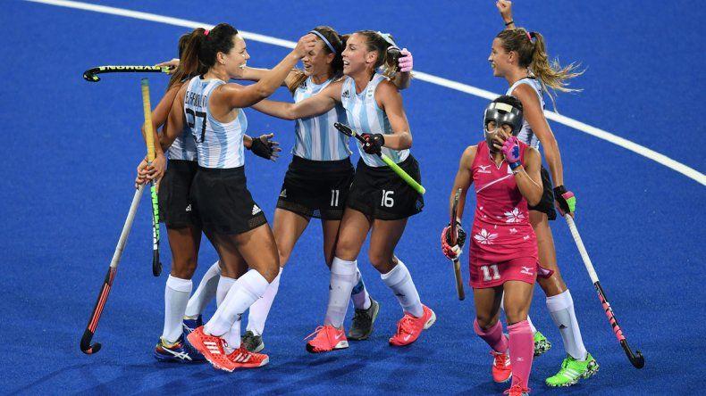 Las Leonas ganaron por 4-0 a Japón y el combinado masculino derrotó a Canadá por 3-1 y está prendido.