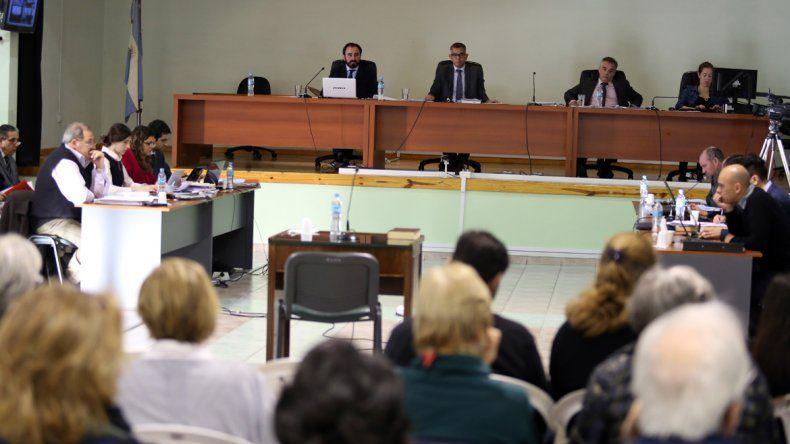 La querella solicitó prisión perpetua para los 22 imputados
