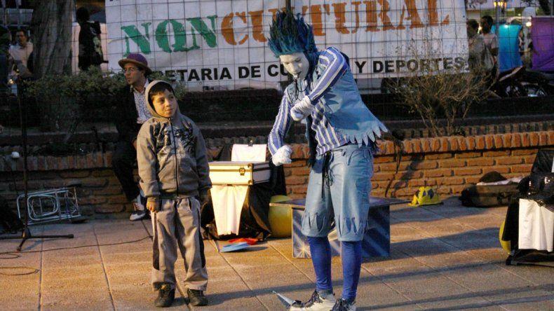 Algunos artistas advierten que luego de la Fiesta de la Confluencia ya no queda presupuesto para cultura.