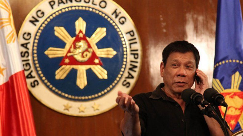 Duterte se refirió así al representante de EE.UU. en su país. Y lo insultó.