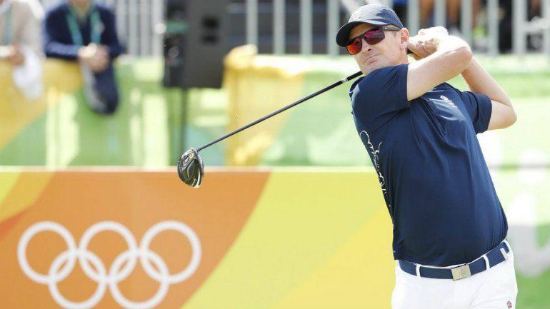 En la vuelta del golf, logra el primer hoyo en uno de la historia olímpica