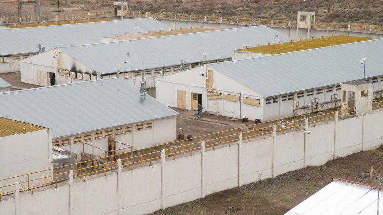 En la U11 hay un preso con tuberculosis y otros siete aislados que son examinados