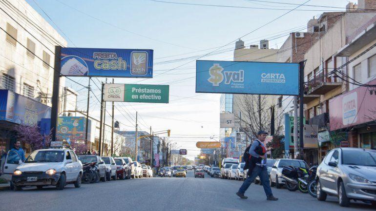 Las financieras del Bajo de Neuquén coinciden en asegurar que la demanda de préstamos está planchada y que en la mayoría de los casos se piden créditos para pagar deudas.