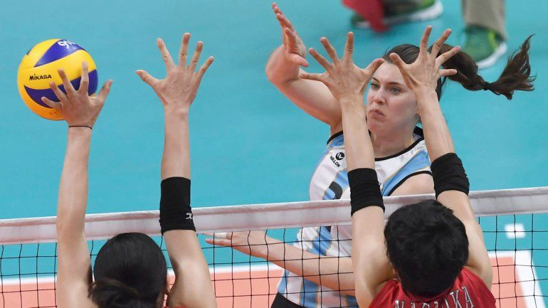 La selección argentina de vóleibol femenino cayó por 3-0 ante Japón