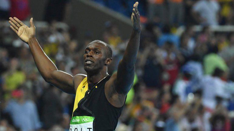 El jamaiquino Usain Bolt se adjudicó la medalla de oro tras  ganar la final de los 100 metros llanos