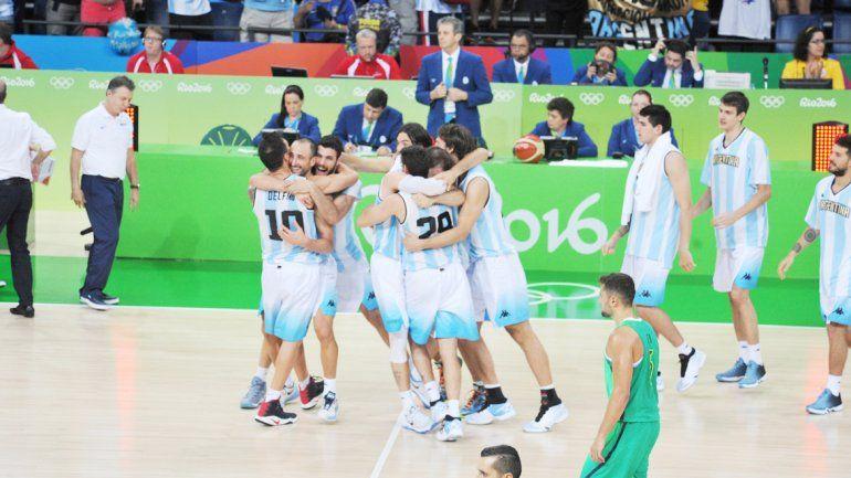 Argentina depende de sí misma para evitar a Estados Unidos en los cuartos de final. Hoy deben vencer a España para lograrlo.