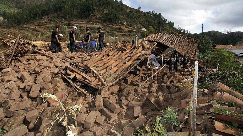 Al menos cuatro muertos y 30 heridos en terremoto al sur del Perú