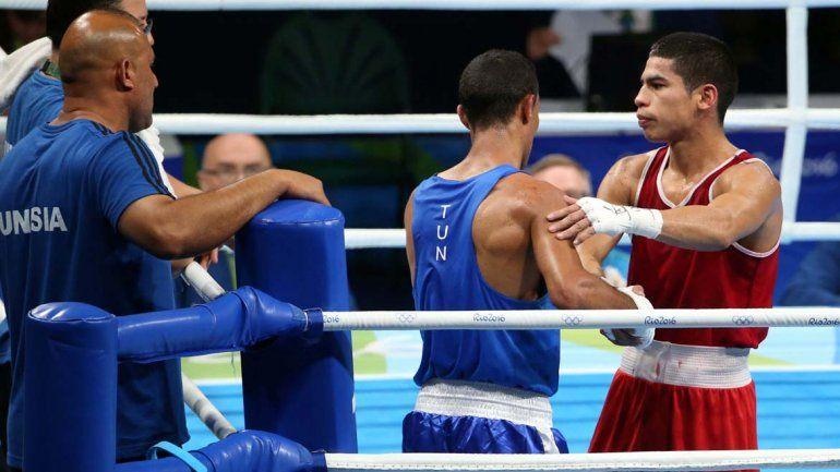 Melián no pudo con el uzbeco y se quedó sin chances de medalla