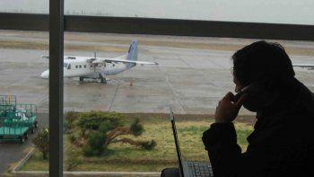 La empresa LATAM y American Jet son las que podrían hacer el servicio.