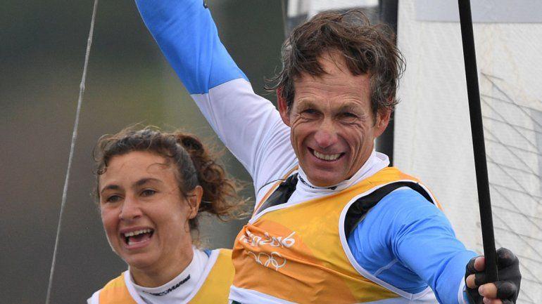 El binomio argentino terminó sexto en la medal race. Les alcanzó para quedarse con el primer puesto del podio.