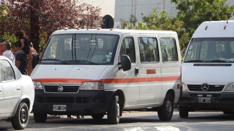 ¿Qué transportes escolares están habilitados por el Municipio?