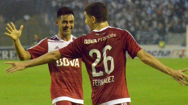 El Pity Martínez y Nacho Fernández serán titulares esta noche.