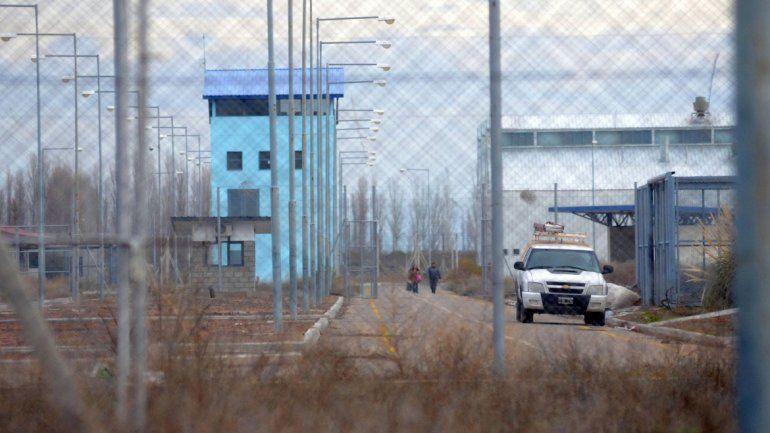 En la cárcel de Senillosa realizan tareas para acondicionar un sector.