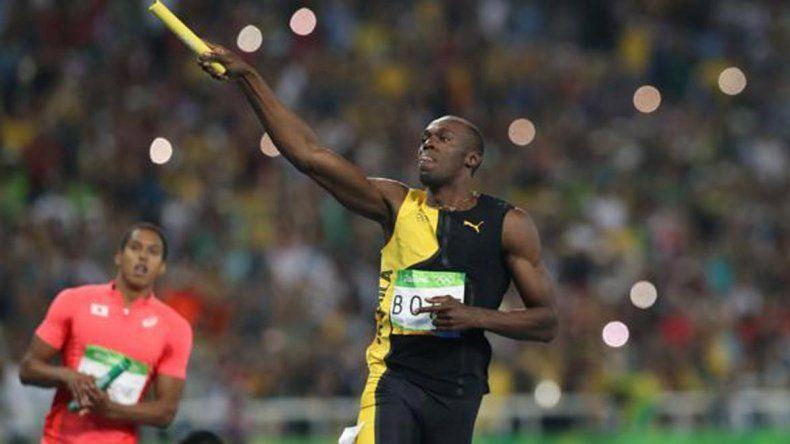 El hombre más rápido del mundo se llevó otra vez el oro en la posta 4 x 100.