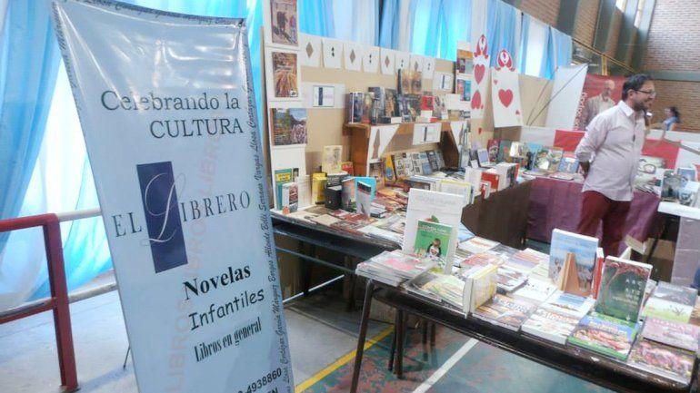 La cuarta edición de la Feria del Libro Meu Quinn se realizará hoy y  mañana en el salón del Centro de Jubilados
