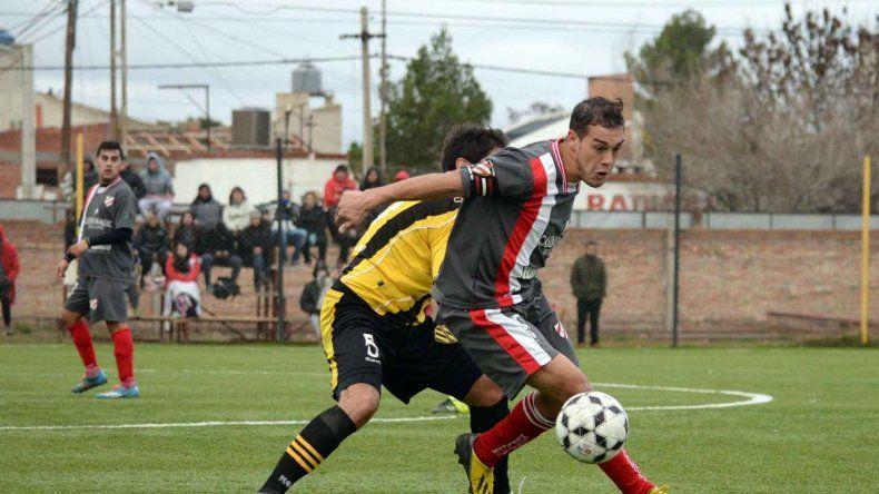 El Decano visitará a Independiente en un partido entre rivales directos