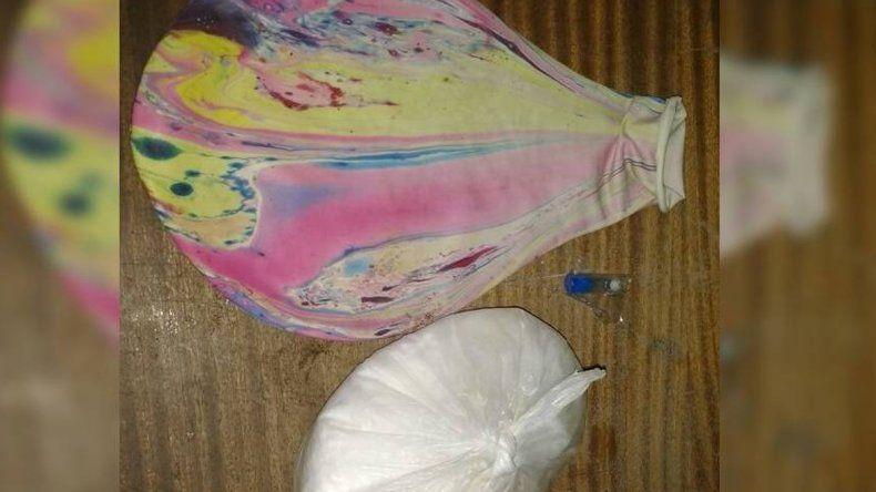 Intentaba escapar hacia Neuquén con medio kilo de cocaína escondidos en una piñata