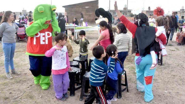 La música y los juegos no faltaron en el Día del Niño.