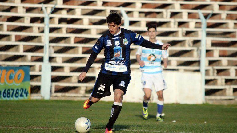 El número 10 es uno de los referentes del equipo de Rincón de los Sauces.